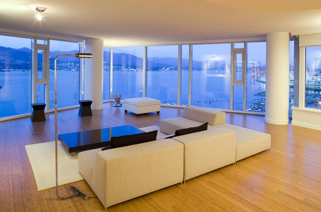 Bespoke-lamp-in-luxury-residential-interior